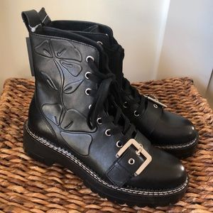 Zara black leather ankle boots w/embossed flower